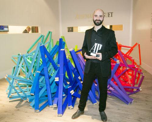 Guillermo Mora con el II Premio Audermars Piguet