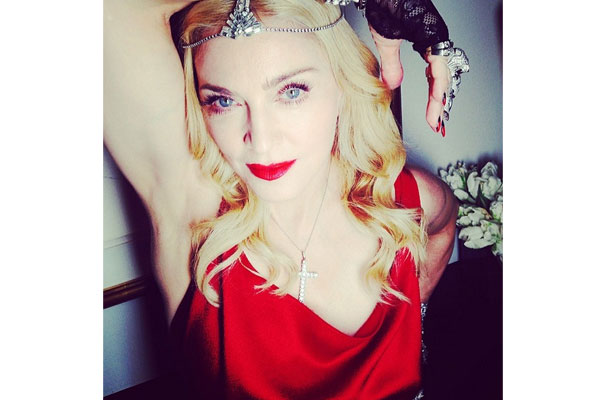 Madonna sortija Tigre de Carrera y Carrera