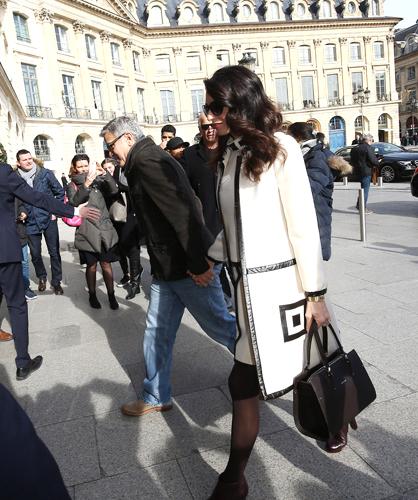 Amal Clooney Paris Premier Longchamp moda