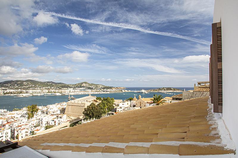 Vistas impresionantes del Hotel Torre de Canonigos Ibiza