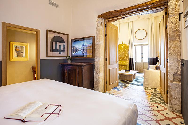 Habitacion del Hotel Torre de Canonigo de Ibiza
