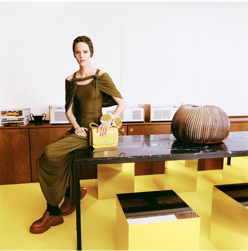 Bolso amarillo de Loewe