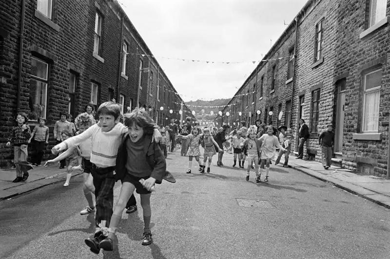 Marin Parr niños felices en la calle