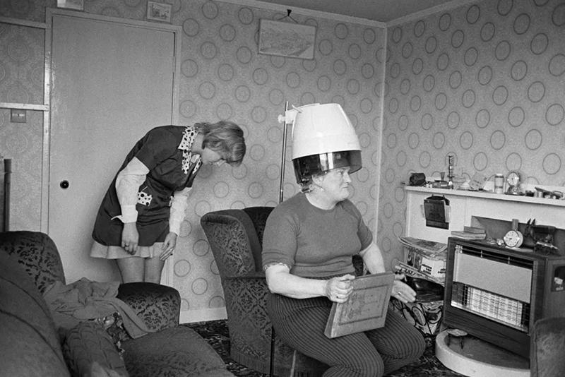 Martin Parr secador antiguo en casa